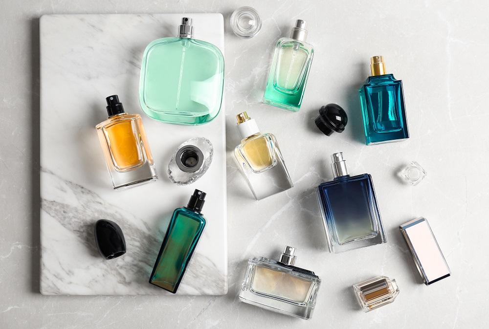 42566a9871a on tabav. Tõepoolest hästi lõhnav mees ei jää märkamata. Koostasime  ülevaate millistesse kategooriatesse meeste lõhnad ...
